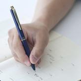 ทันสมัย เรียบเขียนความรู้สึก บนปากกา 3…