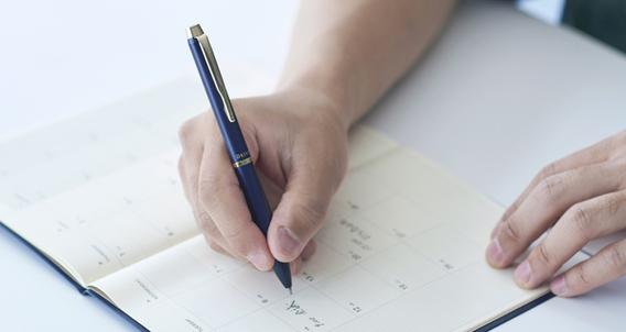 เขียนลื่นแบบมีสไตล์! ปากกายอดนิยมติดอันดับ 3 แบบ