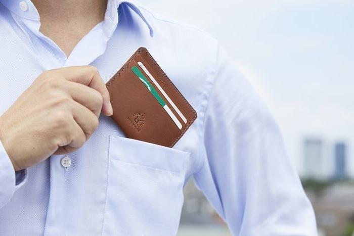 スリムな財布でストレスフリー!クールビズの頼れる相棒