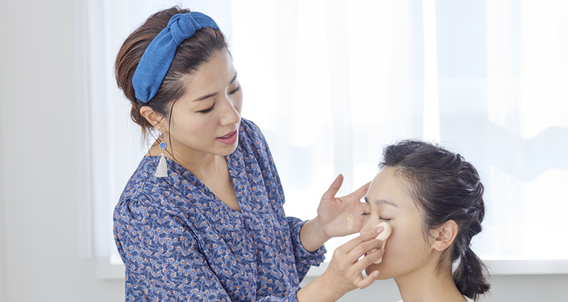 Change your look this spring! Tips and Tricks from Hair & Makeup Artist, Kaori Nagai