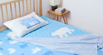 昼も夜も涼しく眠りたい...夏に向けてオススメの接触冷感アイテム!