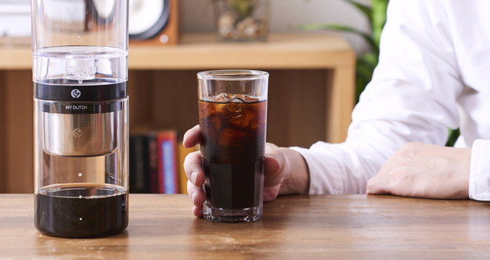 You can make cold brew coffee easily at home! Recommended coffee makers and information on usages